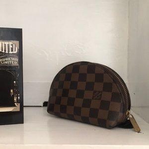 Louis Vuitton authentic pouch / clutch
